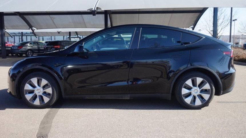 2020 Tesla Model Y 5YJYGDEE8LF050662