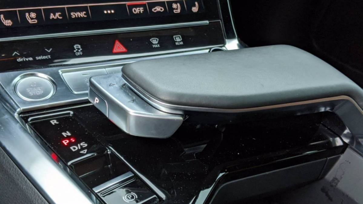 2019 Audi e-tron WA1LAAGE0KB022440