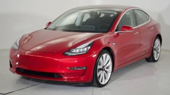 2018 Tesla Model 3 5YJ3E1EB8JF072842
