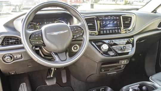 2020 Chrysler Pacifica Hybrid 2C4RC1N78LR129785