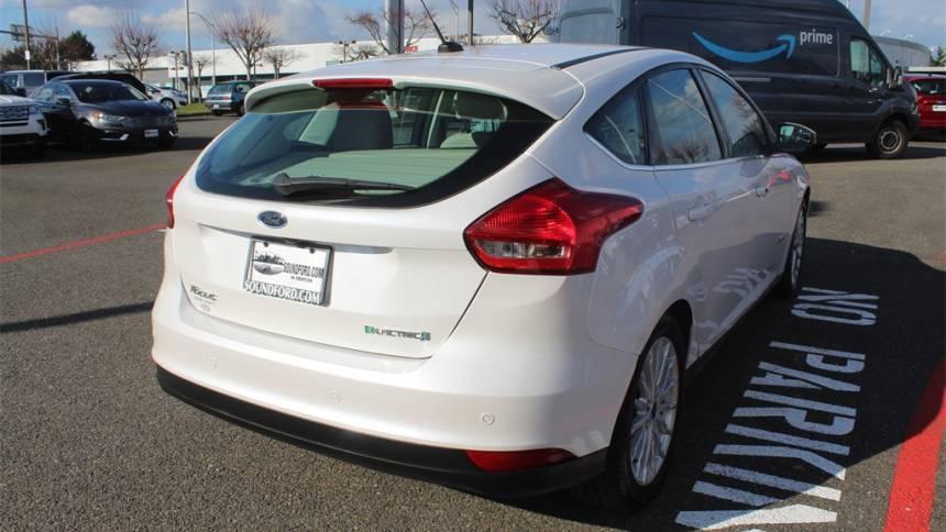2017 Ford Focus 1FADP3R49HL277735