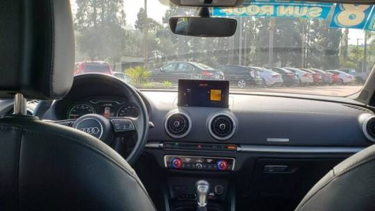 2018 Audi A3 Sportback e-tron WAUUPBFFXJA062759