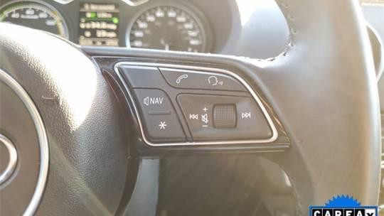 2017 Audi A3 Sportback e-tron WAUUPBFFXHA063467