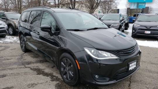 2019 Chrysler Pacifica Hybrid 2C4RC1L73KR687030