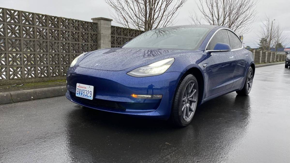 2019 Tesla Model 3 5YJ3E1EB4KF464895