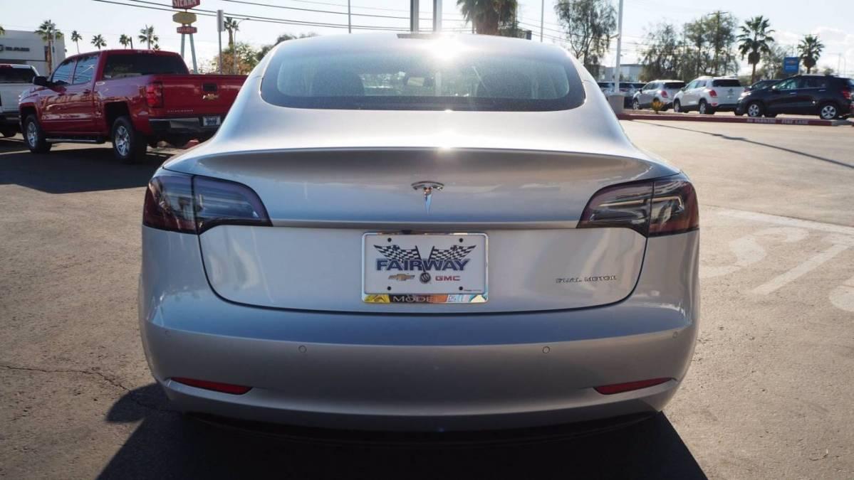 2018 Tesla Model 3 5YJ3E1EB5JF069395