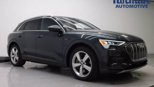 2019 Audi e-tron WA1LAAGE1KB009213
