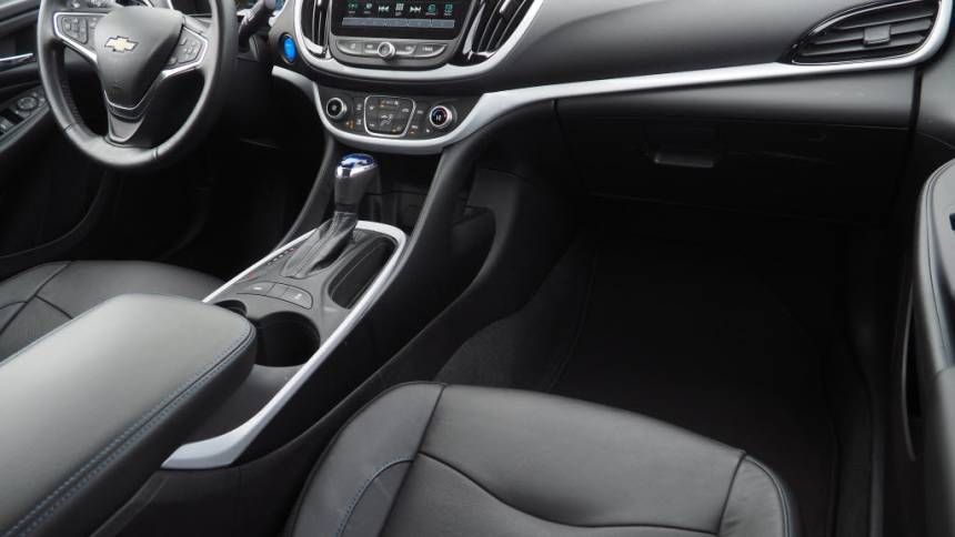 2018 Chevrolet VOLT 1G1RC6S53JU107489