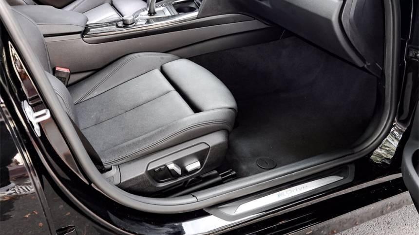2018 BMW 3 Series WBA8E1C54JA758904