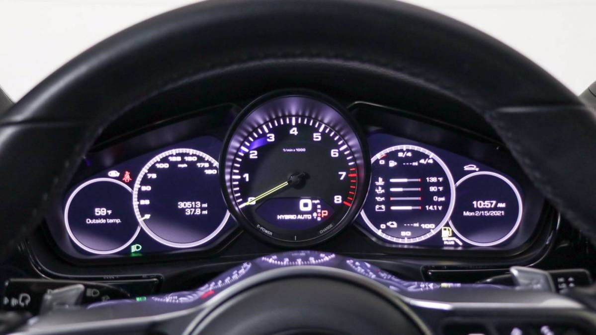 2018 Porsche Panamera WP0AE2A77JL129446
