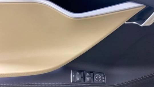 2016 Tesla Model S 5YJSA1E20GF151020
