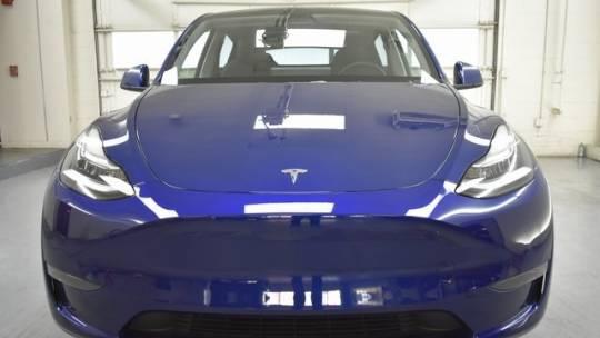 2021 Tesla Model Y 5YJYGDEE3MF082551