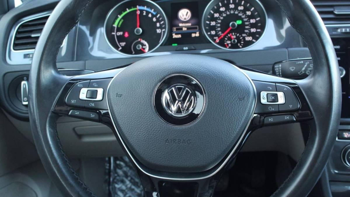 2017 Volkswagen e-Golf WVWPR7AU9HW950218