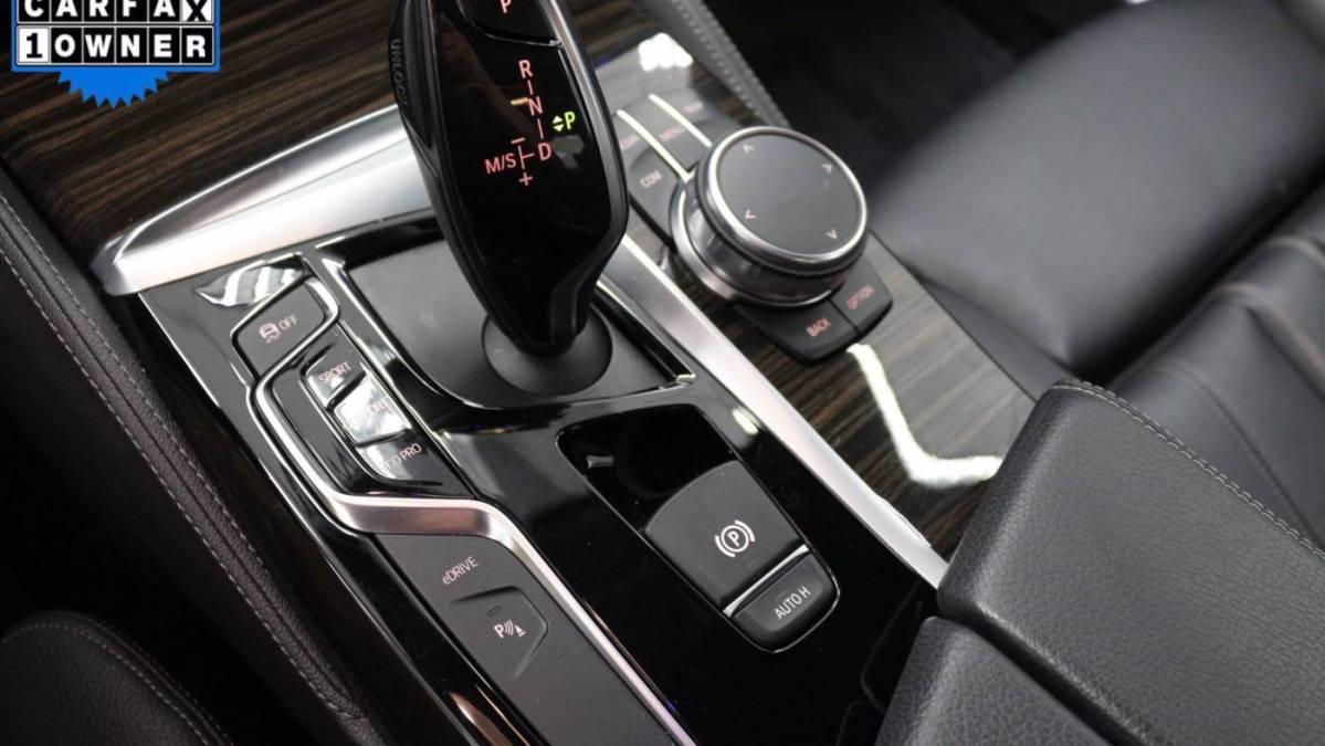 2018 BMW 5 Series WBAJA9C50JB033998