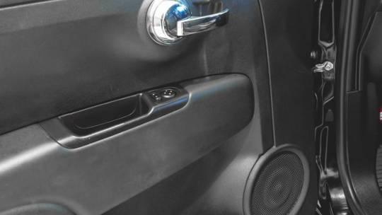 2017 Fiat 500e 3C3CFFGEXHT625282