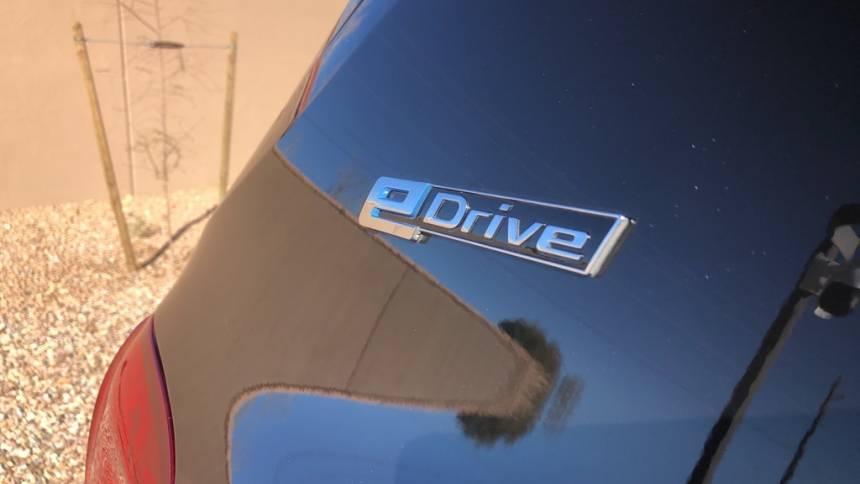 2018 BMW X5 xDrive40e 5UXKT0C56J0W00111