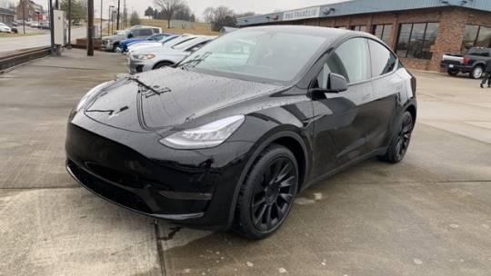 2020 Tesla Model Y 5YJYGDEE9LF037533