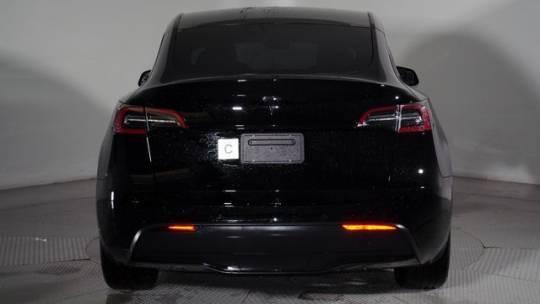 2020 Tesla Model Y 5YJYGDEE8LF017306