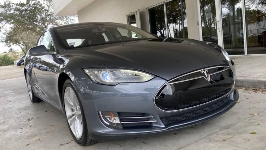 2014 Tesla Model S 5YJSA1H17EFP30599