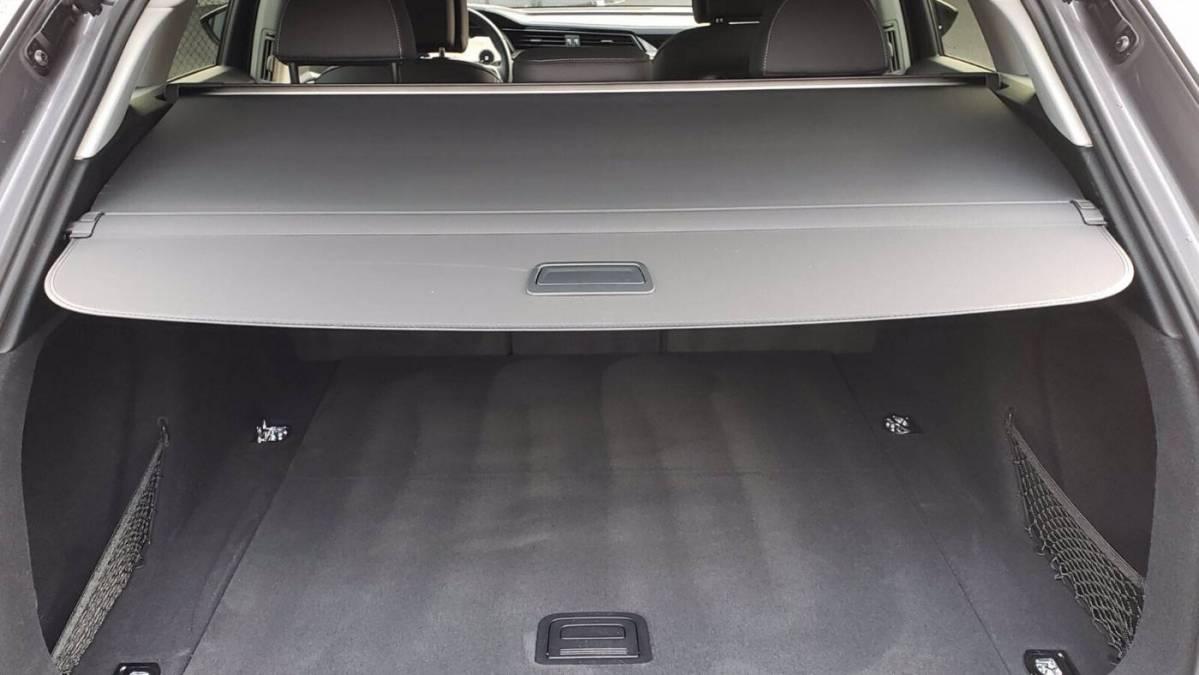 2019 Audi e-tron WA1LAAGE9KB021710