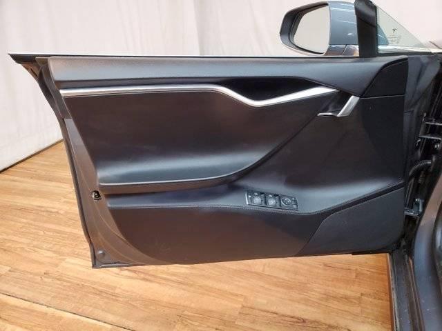 2013 Tesla Model S 5YJSA1DN5DFP08849