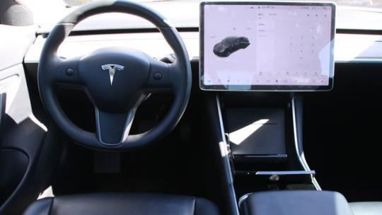 2017 Tesla Model 3 5YJ3E1EA8HF001142