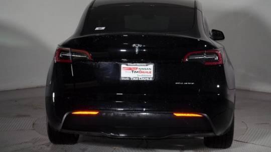 2020 Tesla Model Y 5YJYGDEE3LF017634