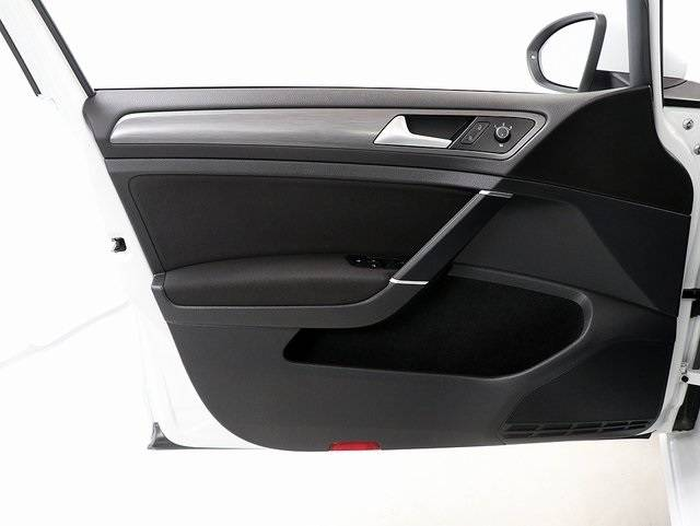 2017 Volkswagen e-Golf WVWKR7AU2HW953651