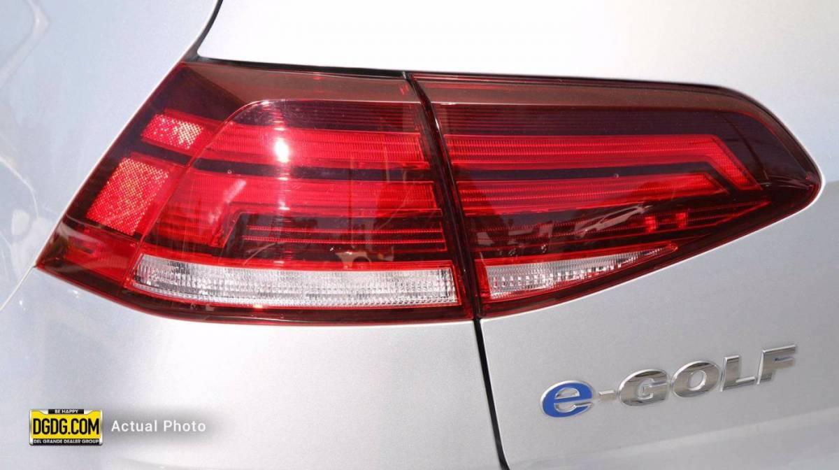 2019 Volkswagen e-Golf WVWKR7AUXKW910702