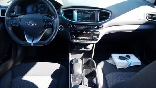 2019 Hyundai IONIQ KMHC75LH7KU034547