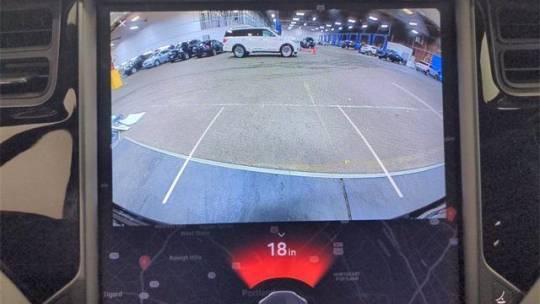 2018 Tesla Model X 5YJXCBE26JF110260