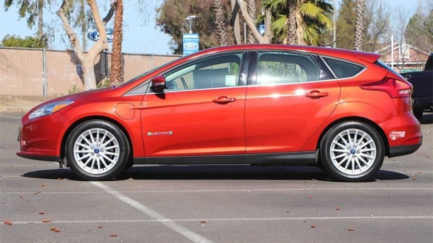 2018 Ford Focus 1FADP3R4XJL241364