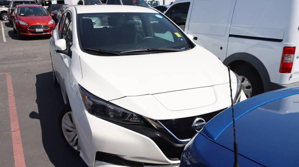 2018 Nissan LEAF 1N4AZ1CP1JC301360