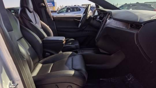 2018 Tesla Model X 5YJXCDE20JF124473