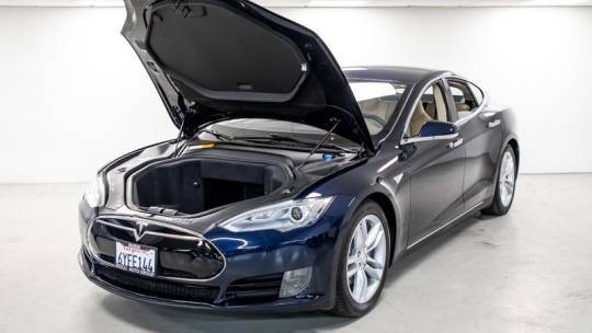 2013 Tesla Model S 5YJSA1AG5DFP04984