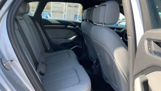 2017 Audi A3 Sportback e-tron WAUSPBFF9HA135637