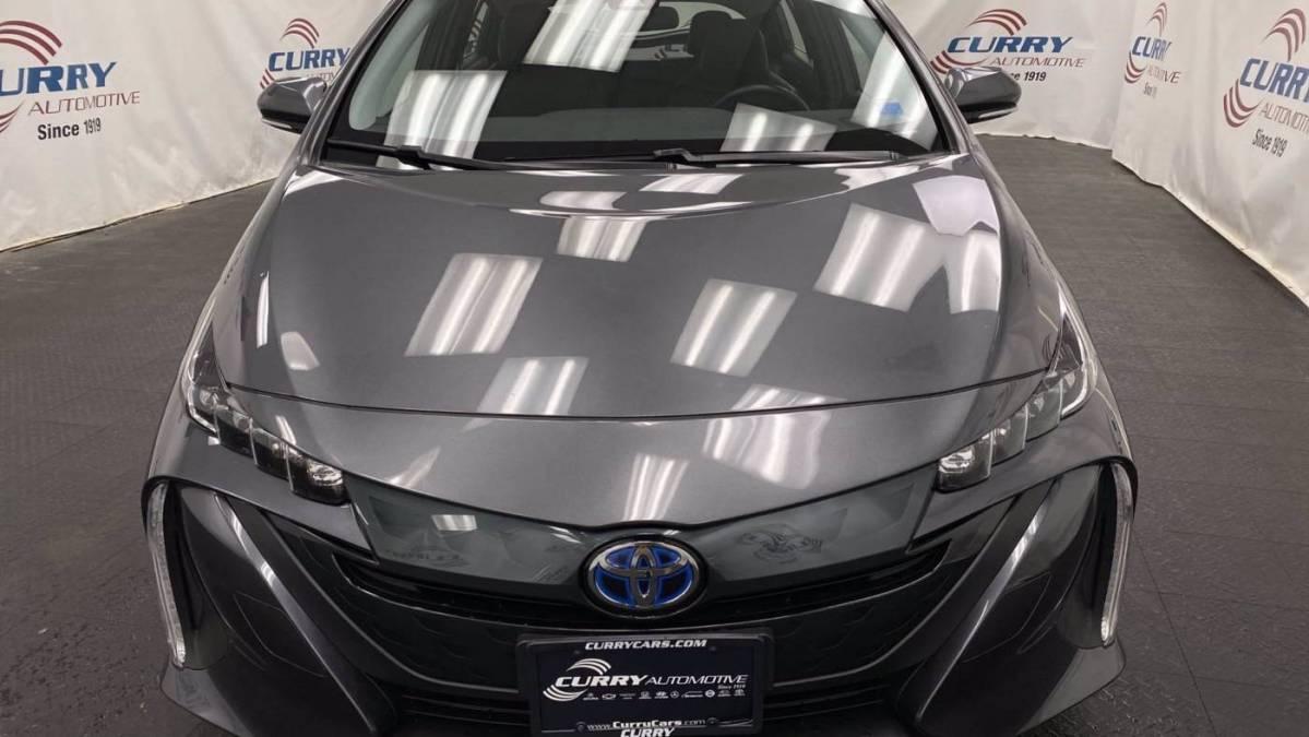 2018 Toyota Prius Prime JTDKARFP3J3077492