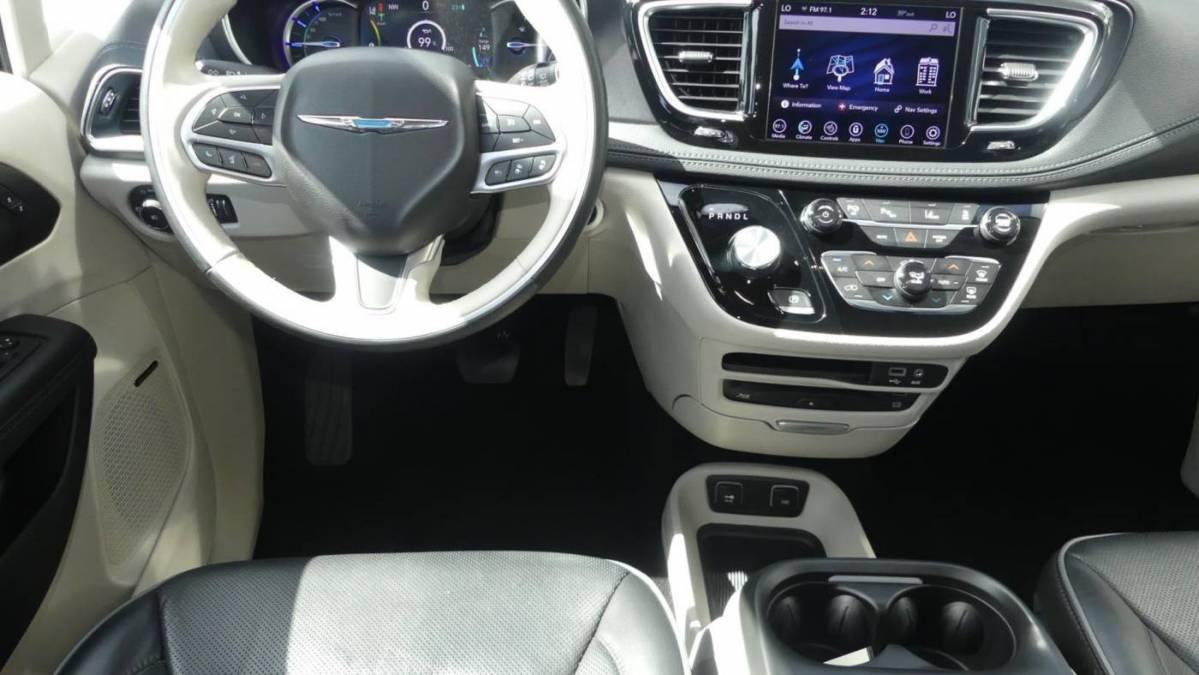 2020 Chrysler Pacifica Hybrid 2C4RC1N75LR136452