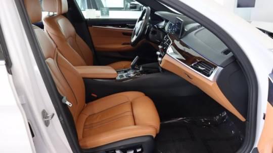 2018 BMW 5 Series WBAJA9C52JB034585