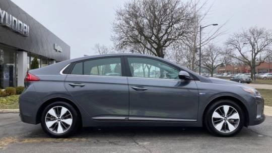 2019 Hyundai IONIQ KMHC75LD5KU107119