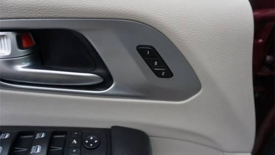 2020 Chrysler Pacifica Hybrid 2C4RC1N71LR120166