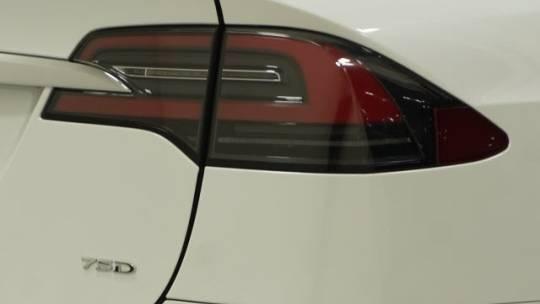 2016 Tesla Model X 5YJXCBE25GF008554