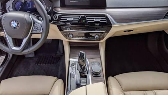 2019 BMW 5 Series WBAJA9C59KB393546