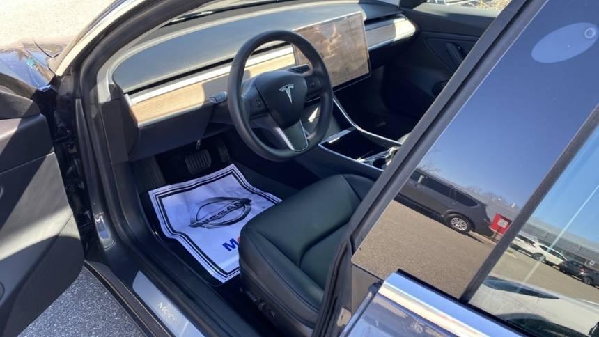 2019 Tesla Model 3 5YJ3E1EB4KF441987