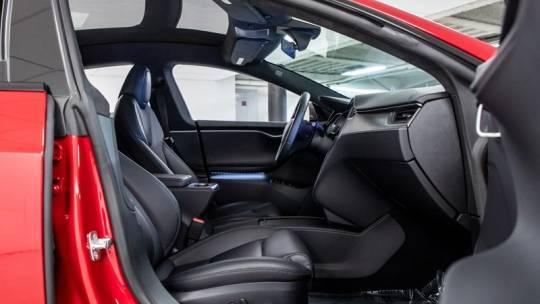 2020 Tesla Model S 5YJSA1E49LF382820