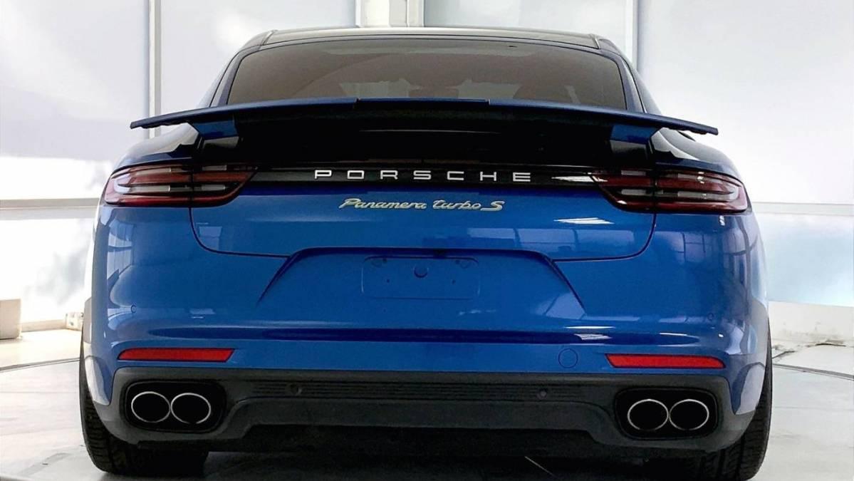 2018 Porsche Panamera WP0AH2A78JL144464