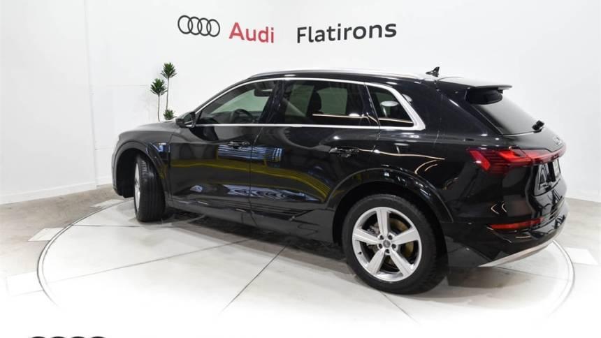 2019 Audi e-tron WA1LAAGE9KB021691