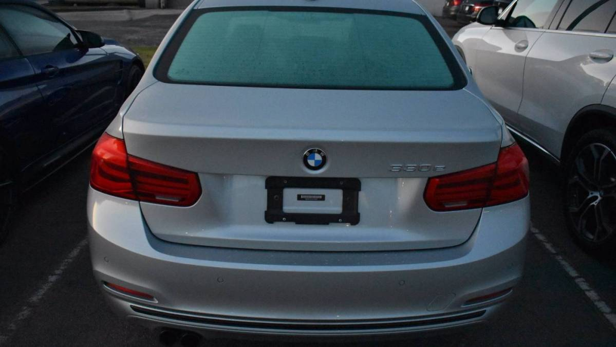 2018 BMW 3 Series WBA8E1C57JA178515