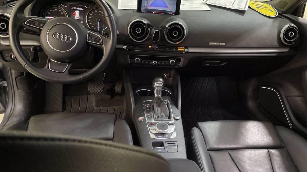 2016 Audi A3 Sportback e-tron WAUTPBFF7GA154125