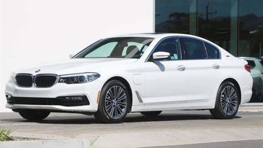 2018 BMW 5 Series WBAJA9C54JB251457